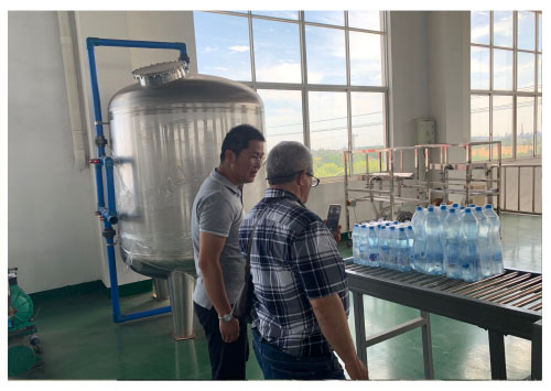 modern water bottling machine